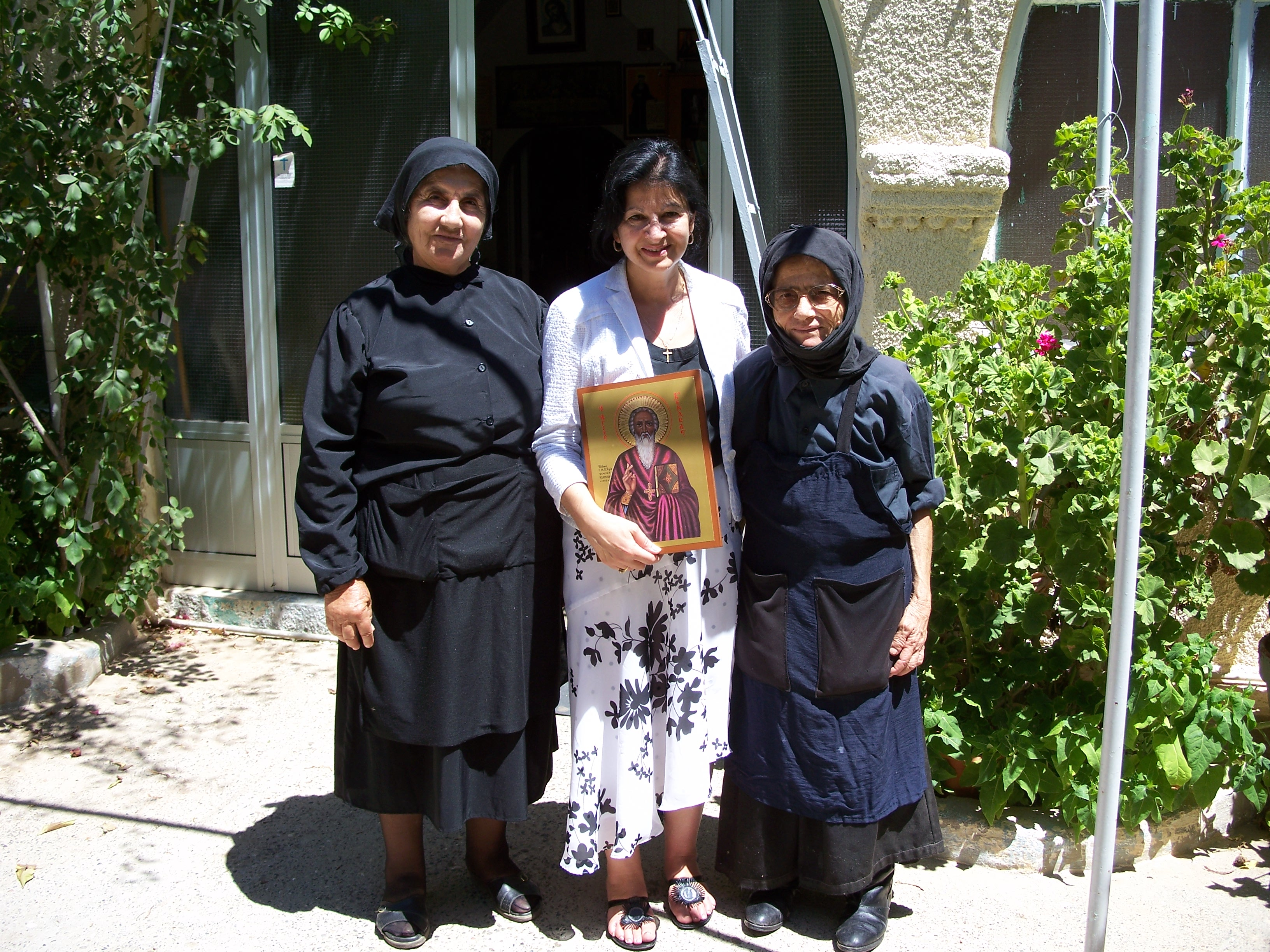 author-with-holy-sisters-and-icon-of-st-kendeas